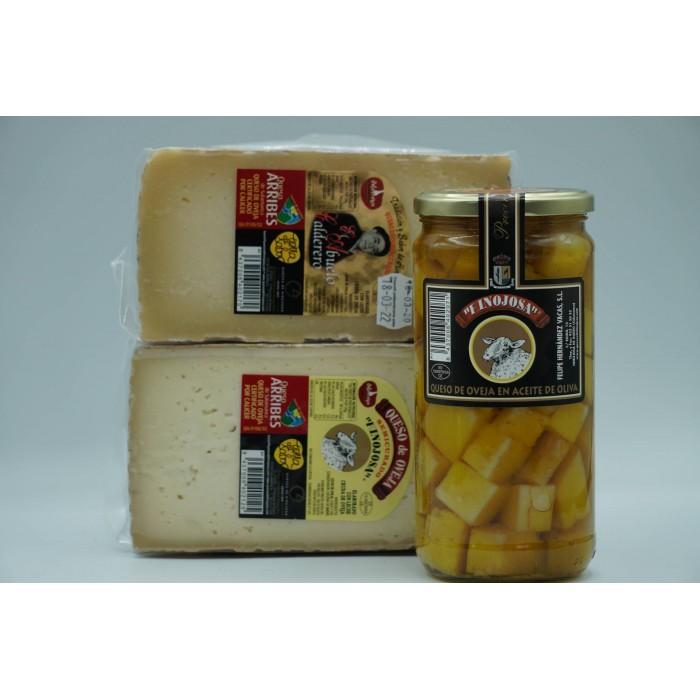 1/2 queso semicurado grande + 1/2 queso curado El Abuelo Calderero grande + 1 tarro de queso en aceite mediano