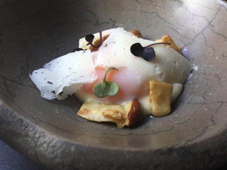 Boletus, huevo, patata y queso