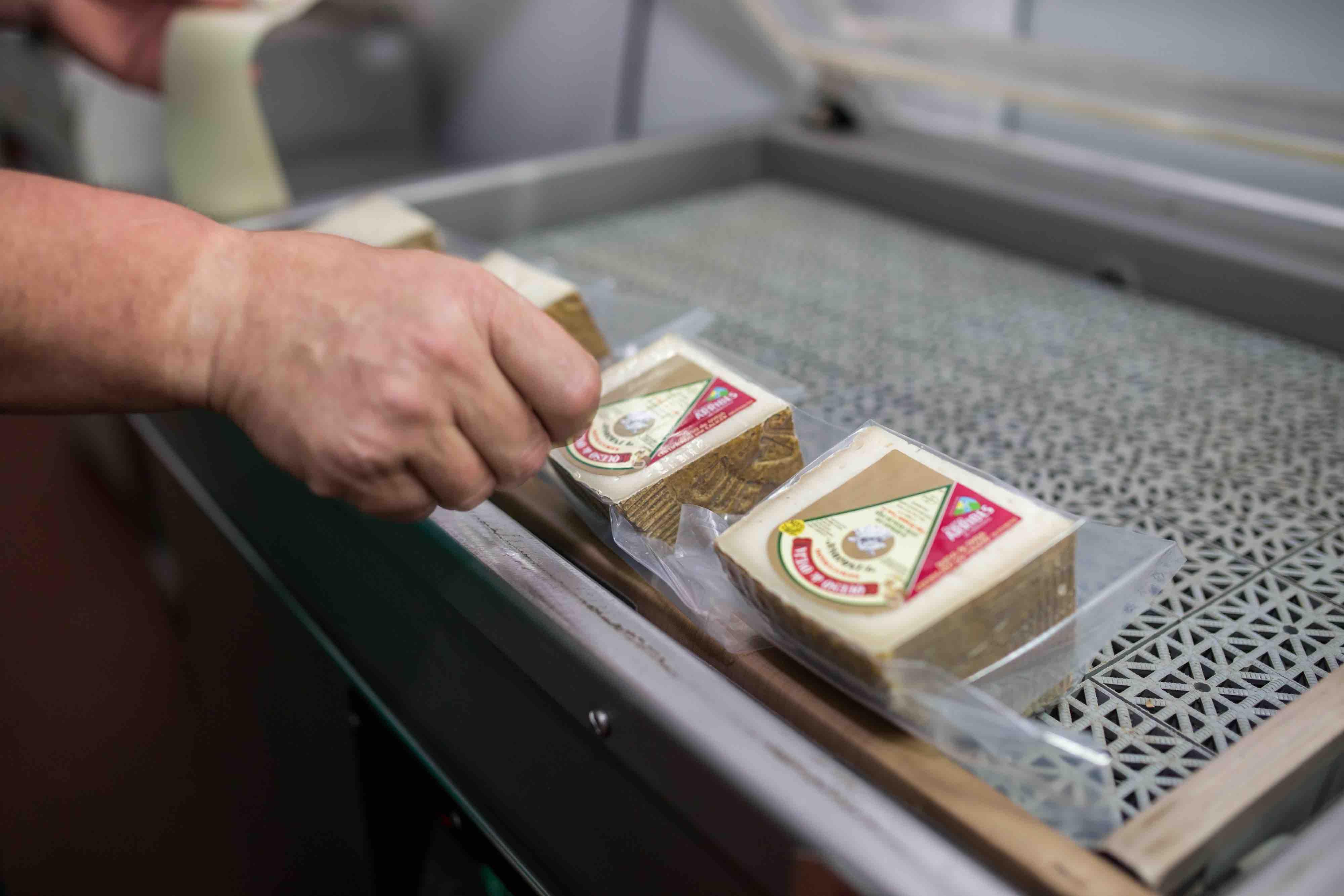 Etiquetado queso Salamanca